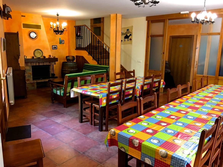 Alquiler-puente-vacaciones-casas-rurales-grandes-Navarra-Orbara-Etxea-Mendigorria-27.jpg